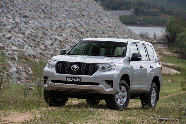 self drive rwanda, rwanda self drive car hire, kigali airport transfer