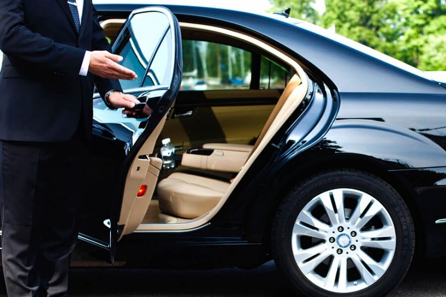 Rent A Car With A Professional Driver Guide.
